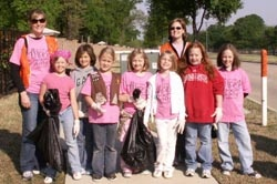Group of participants at Trash Off